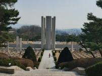 6면1사일구-묘지1.png